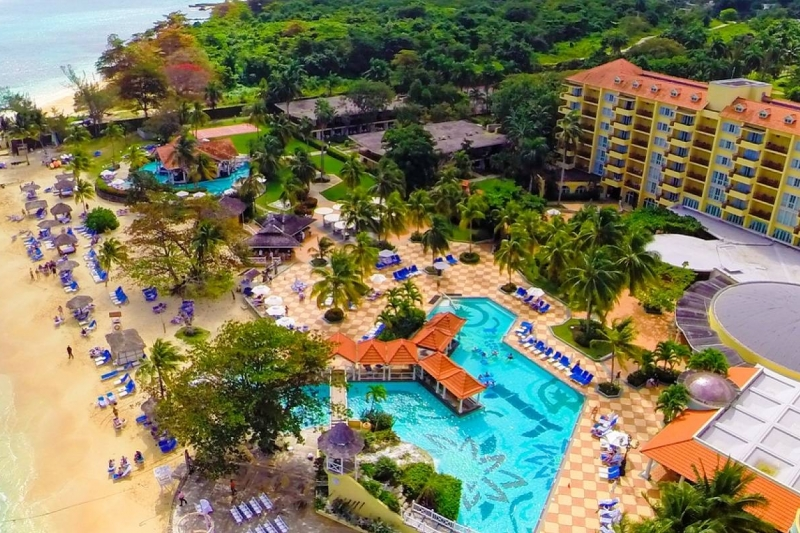Jewel Dunns River Adult Beach Resort & Spa