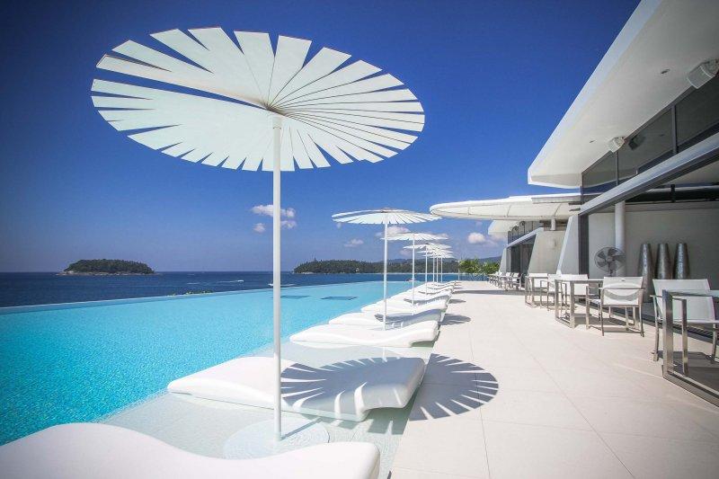 Kata Rocks Residence & Resort