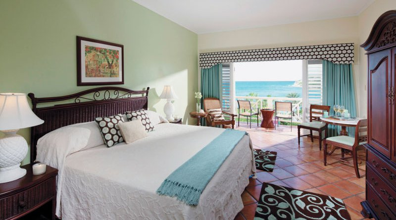 Oceanview Room - Pineapple Beach Club