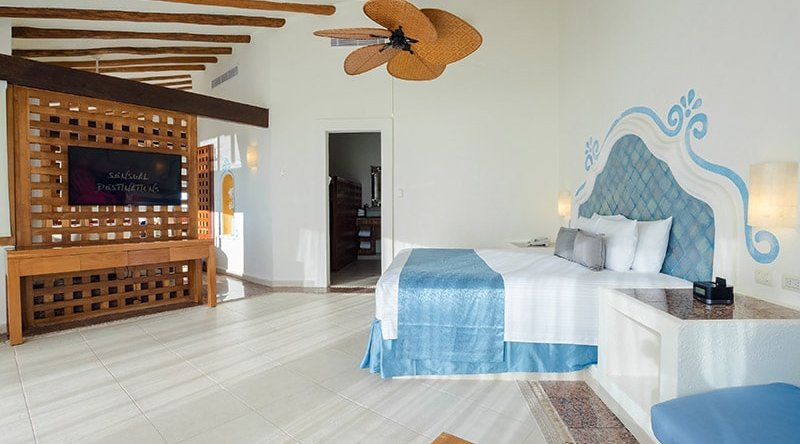Penthouse Passion Suite & Plunge Pool - Desire Riviera Maya Pearl Resort