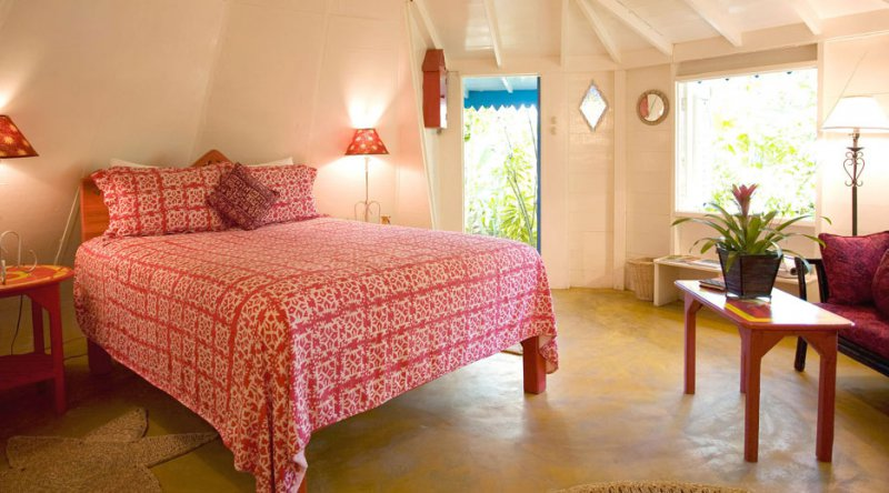 One Bedroom Gardenview Cottage - The Caves