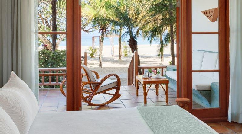 Beachfront Verandah Suite Couples Swept Away