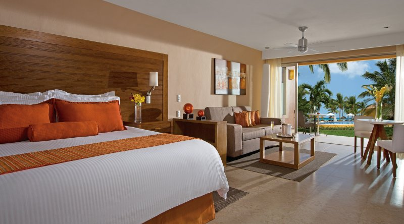 Preferred Club Junior Suite Tropical View - Secrets Aura Cozumel