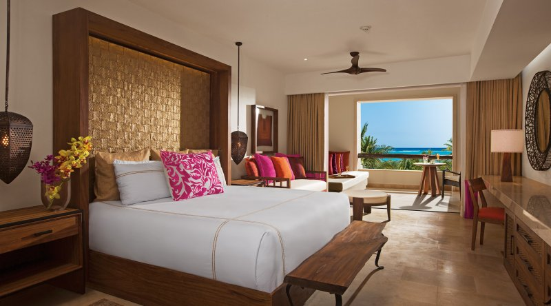 Preferred Club Junior Suite Ocean View - Secrets Akumal Riviera Maya