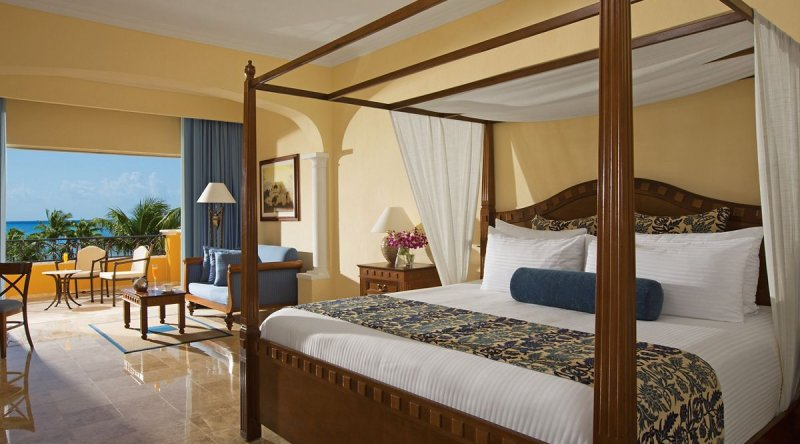 Preferred Club Junior Suite Ocean View - Secrets Capri Riviera Cancun