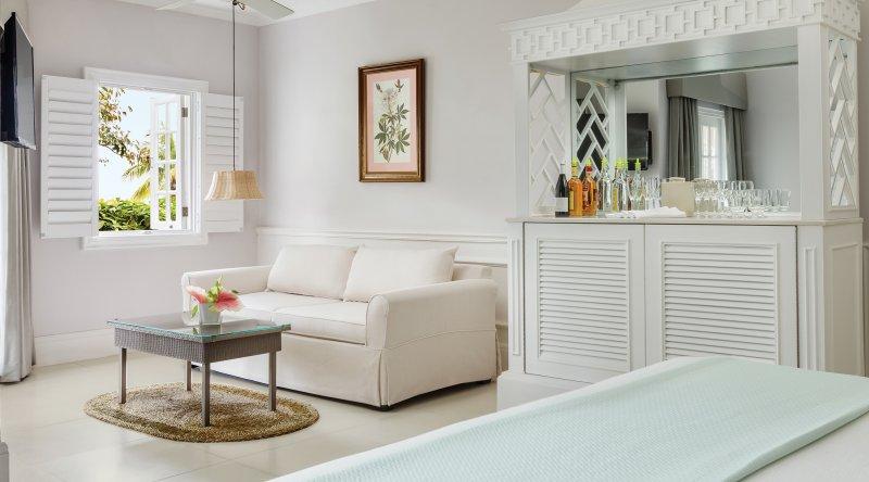 One Bedroom Ocean Suite - Couples Sans Souci
