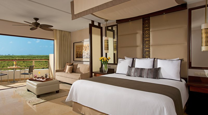 Junior Suite Garden View - Secrets Playa Mujeres Golf & Spa Resort