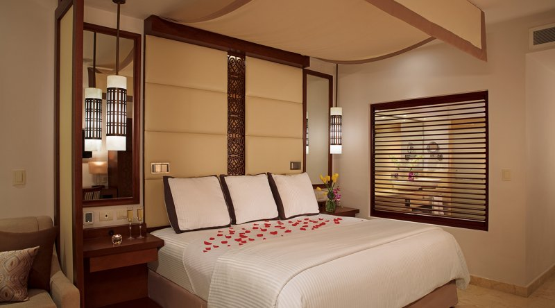 Preferred Club Junior Suite Ocean View - Secrets Playa Mujeres Golf & Spa Resort