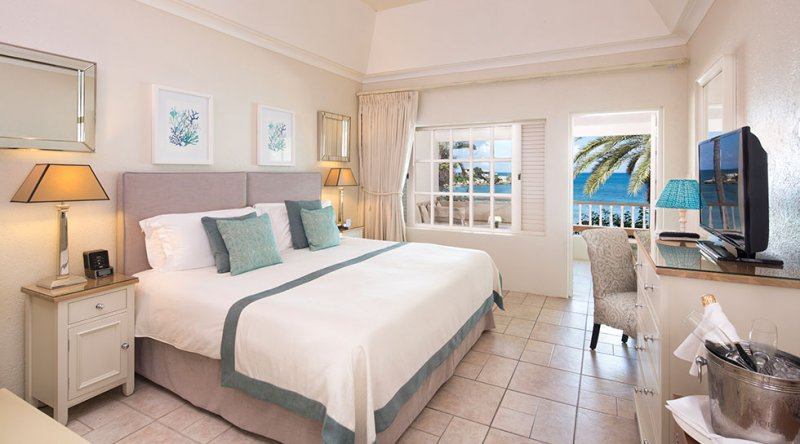 Deluxe Beachfront Room - Blue Waters Resort & Spa