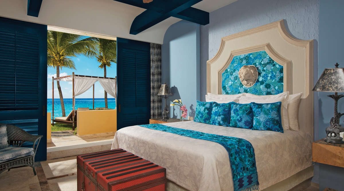 Butler Ocean Front One Bedroom Suite with Plunge Pool Zoetry Paraiso de la Bonita
