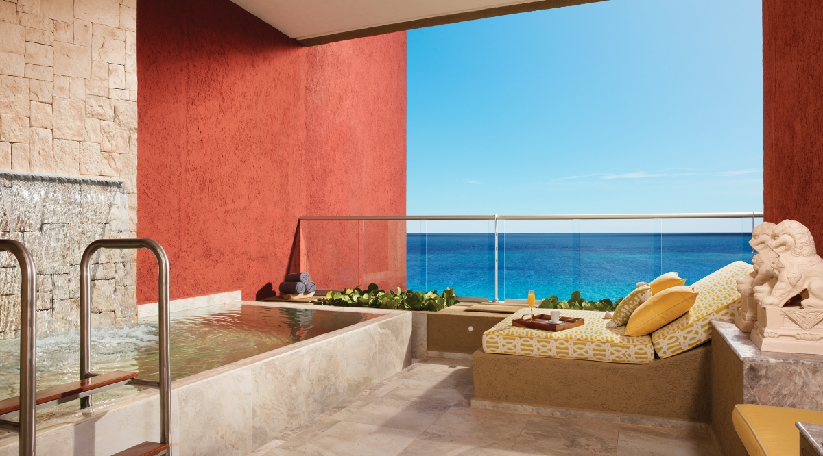 Impression Ocean Front Junior Suite with Plunge Pool Zoetry Paraiso de la Bonita