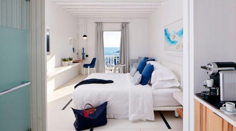 White Bliss Sea View Myconian Ambassador Relais & Chateaux Hotel