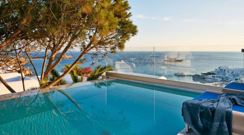 True Blue with Private Pool Sea View Myconian Ambassador Relais & Chateaux Hotel