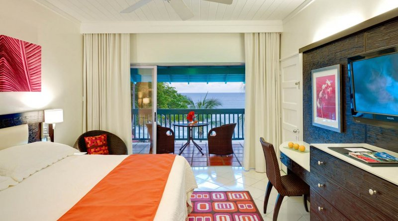 Ocean View Room - Crystal Cove by Elegant Hotels