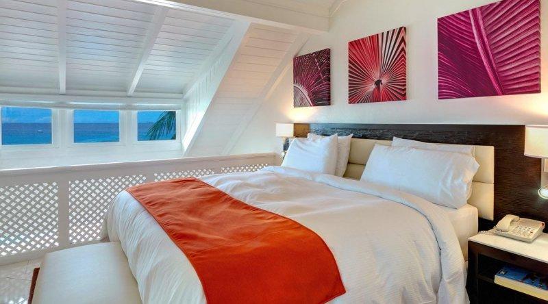 One Bedroom Suite Ocean View Crystal Cove by Elegant Hotels