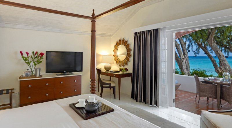 Luxury Ocean View Room - Colony Club by Elegant Hotels