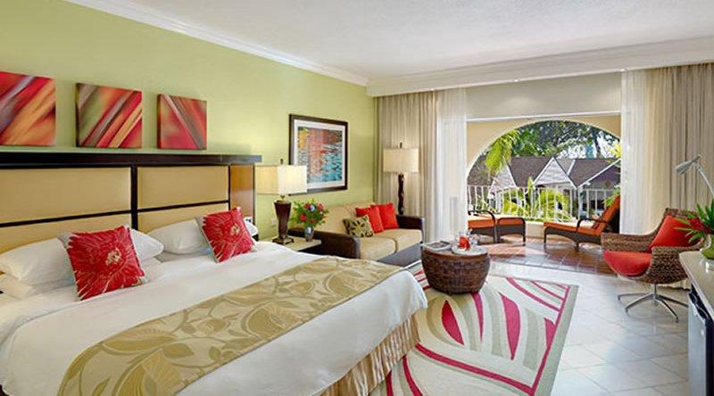 Junior Suite Pool or Garden View Tamarind by Elegant Hotels