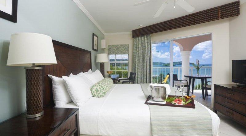 One Bedroom Ocean View Suite St James Club Morgan Bay