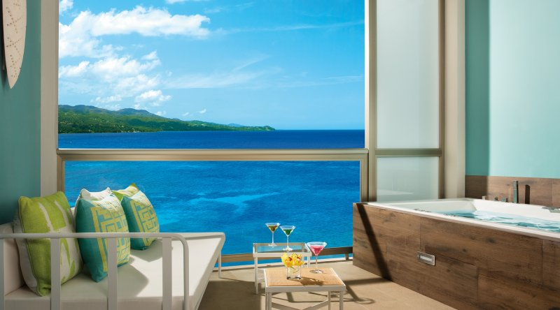 Allure Junior Suite Ocean View - Breathless Montego Bay Resort & Spa
