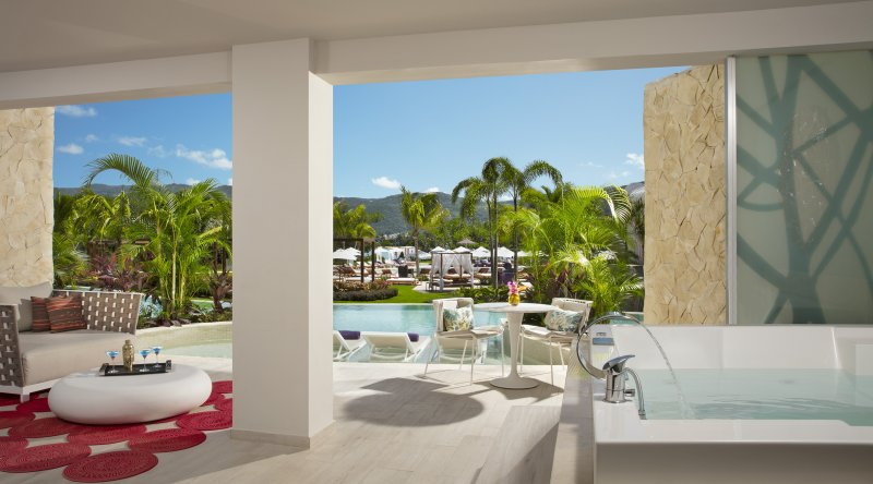 Xhale Club Master Suite Swim Out - Breathless Montego Bay Resort & Spa