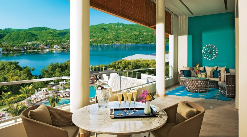 Xhale Club Presidential Suite - Breathless Montego Bay Resort & Spa
