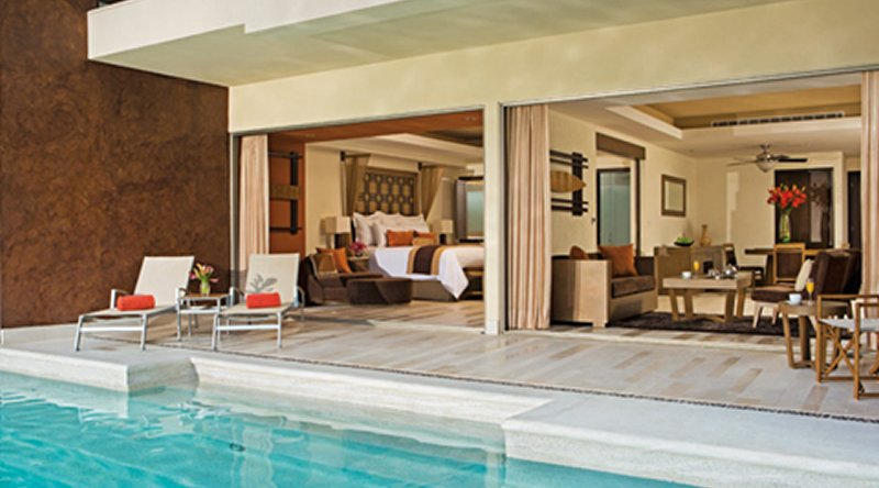 Preferred Club Master Suite Ocean Front Swim Out - Secrets St James Montego Bay