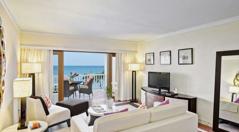 Ocean View One Bedroom Suite - The House by Elegant Hotels
