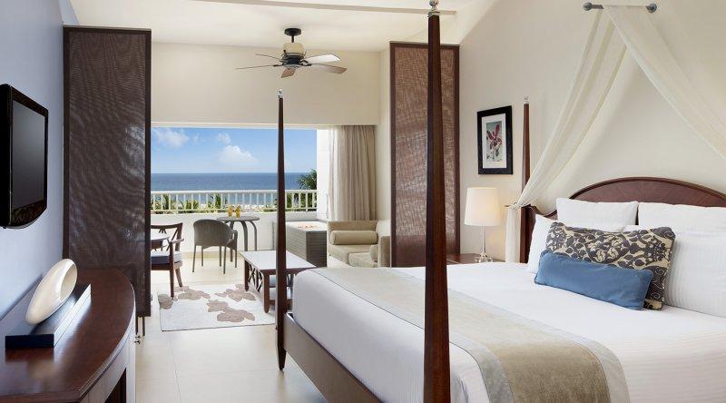 Preferred Club Junior Suite Ocean View - Secrets St James Montego Bay