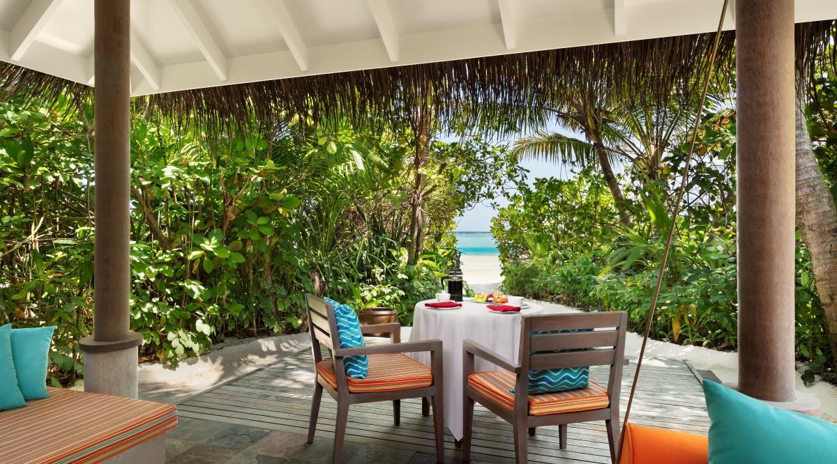 Sunrise Beach Villa - Anantara Dhigu Maldives Resort
