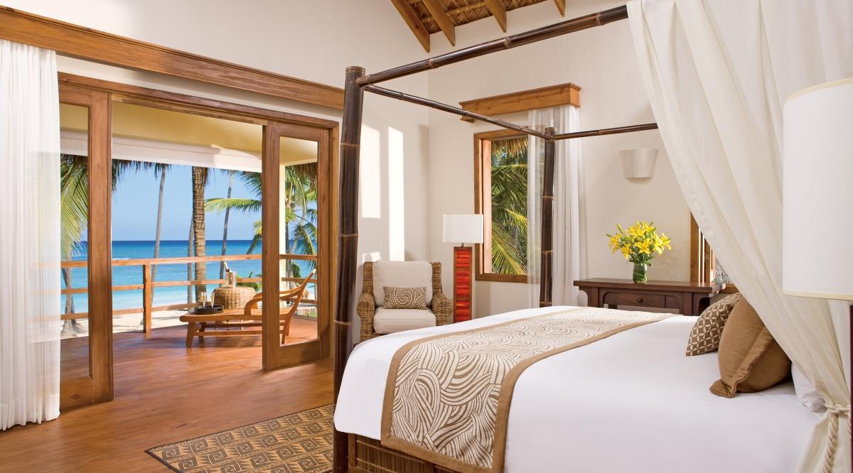 Junior Suite Ocean Front Zoetry Agua Punta Cana