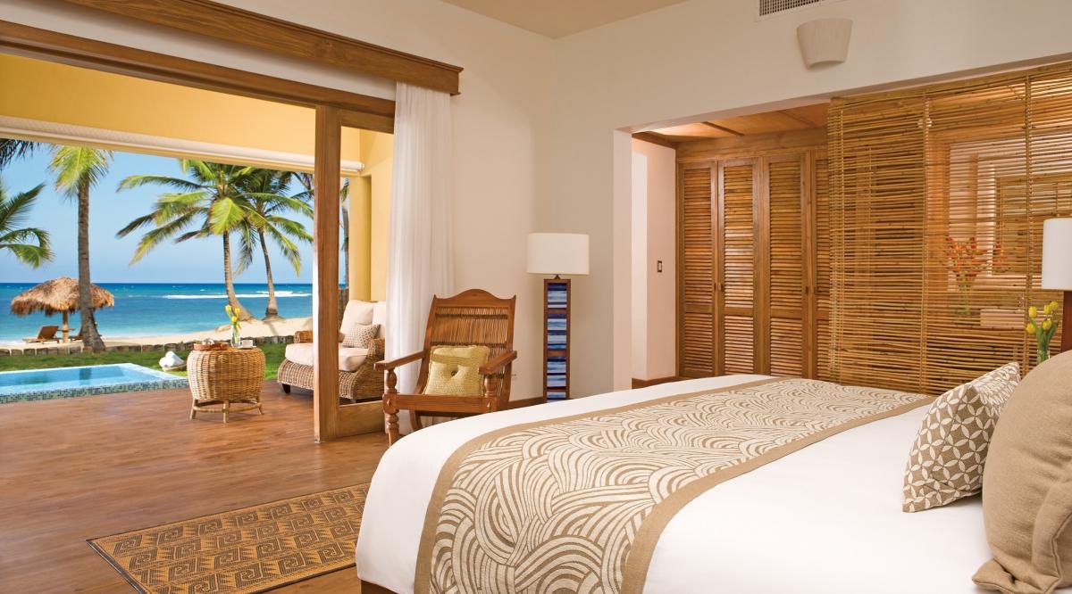 Junior Suite Ocean Front Deluxe Zoetry Agua Punta Cana