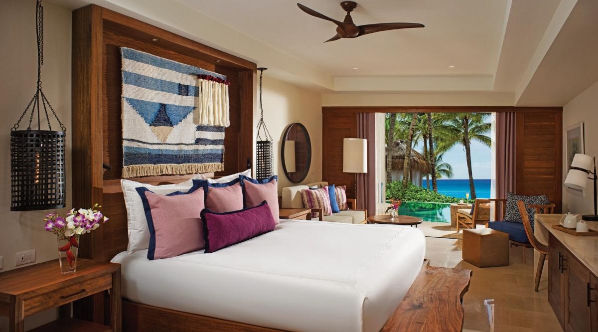Junior Suite Swim Up Secrets Cap Cana Resort & Spa