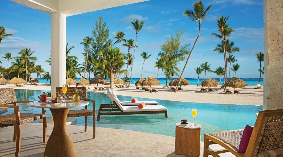 Preferred Club Bungalow Suite Swim Up Ocean Front Secrets Cap Cana Resort & Spa