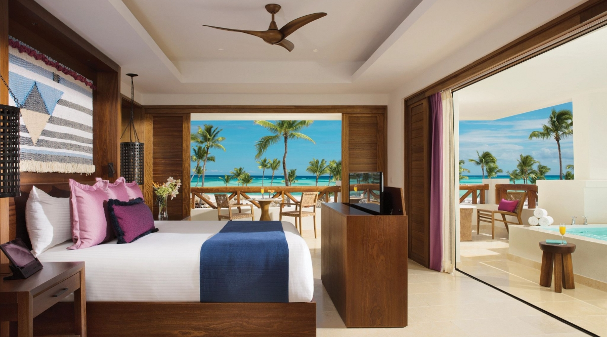 Preferred Club Master Suite Plunge Pool Ocean Front Secrets Cap Cana Resort & Spa