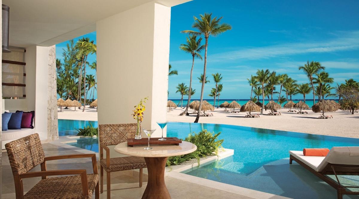 Preferred Club Master Suite Swim Up Ocean Front Secrets Cap Cana Resort & Spa