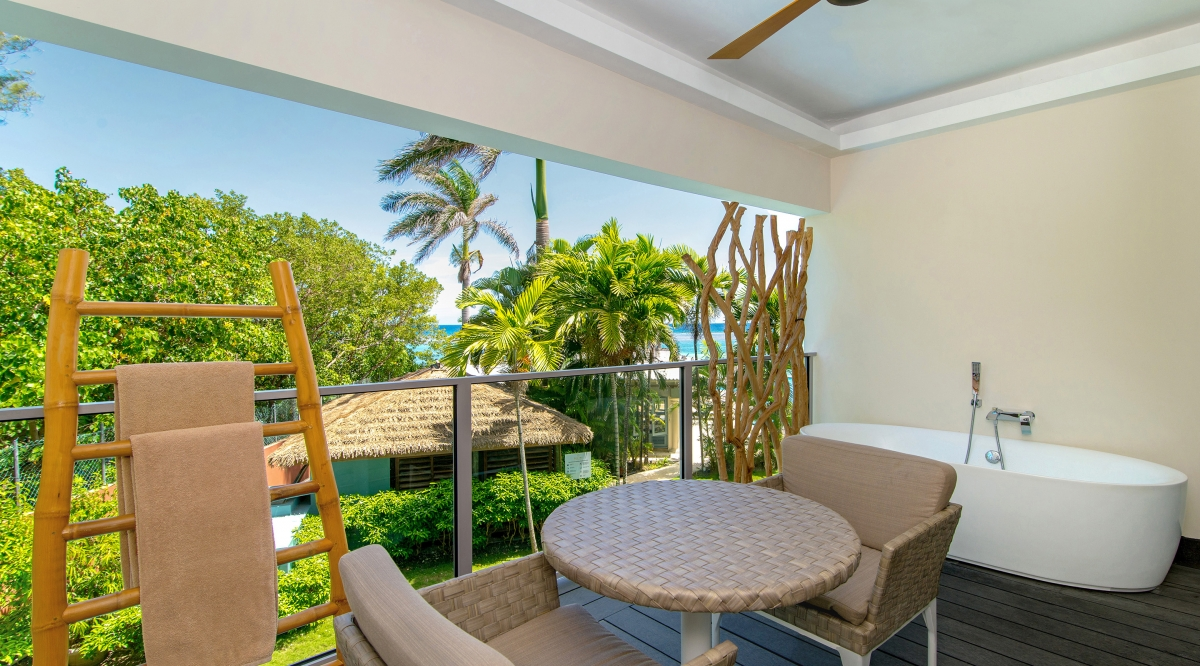 Junior Suite Tropical View With Soaking Tub Zoetry Montego Bay