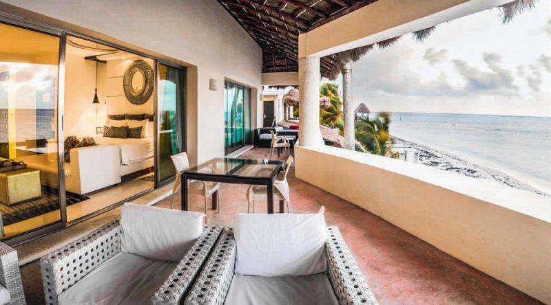 Oceanfront Passion Suites - Desire Riviera Maya Resort
