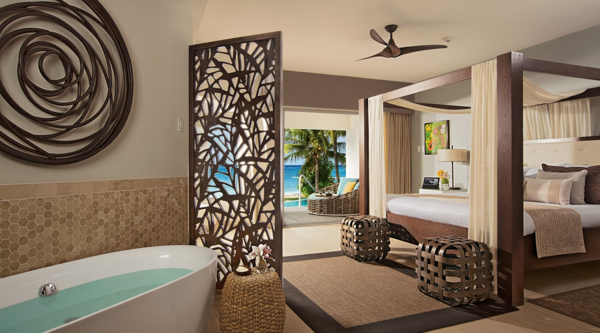 Junior Suite Swim Out Ocean View With Soaking Tub Zoetry Montego Bay