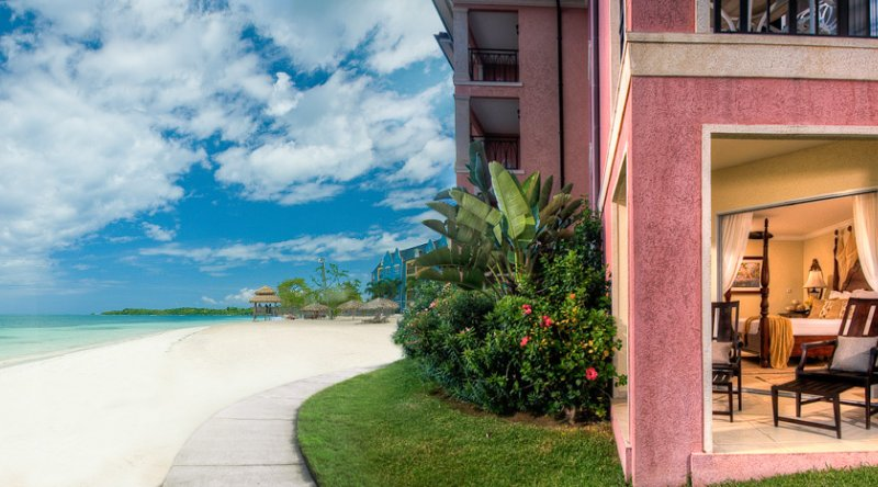 Beachfront One Bedroom Walkout Butler Suite - Sandals South Coast