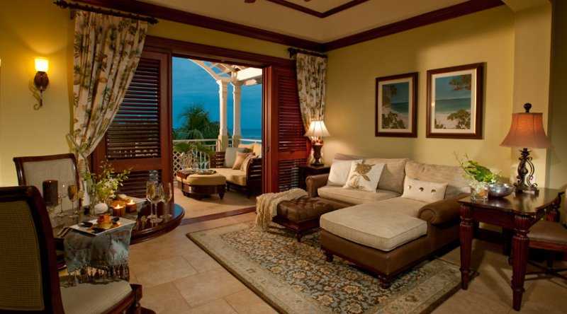 Crystal Lagoon Honeymoon Penthouse Oceanview One Bedroom Butler Suite - Sandals Royal Caribbean