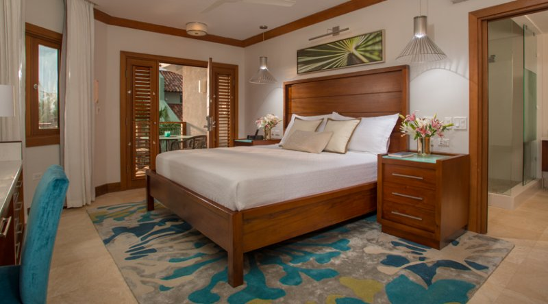 Caribbean Oceanview Luxury Walkout Room - Sandals Negril