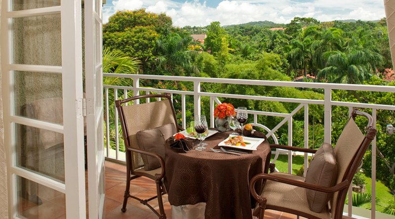 Riviera Grande Luxe Room - Sandals Ochi