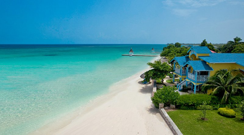 Beachfront Royal Butler Villa Suite - Sandals Montego Bay