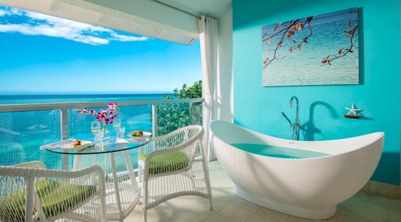 Oceanfront Penthouse Club Level Junior Suite - Sandals Montego Bay