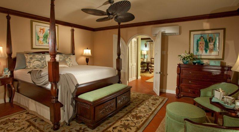 Beachfront Presidential One Bedroom Butler Villa Suite - Sandals Montego Bay