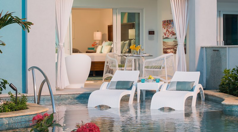 Oceanfront Swim-up Butler Suite w/ Patio Tranquility Soaking Tub - Sandals Montego Bay