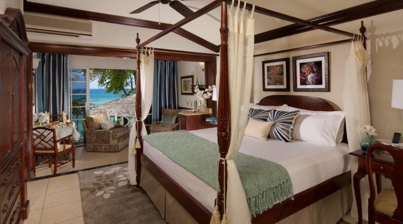 Orchid Oceanfront Butler Suite - Sandals Royal Plantation