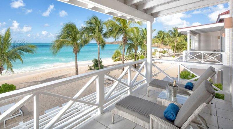 Premium Beachfront Suite Galley Bay Resort & Spa