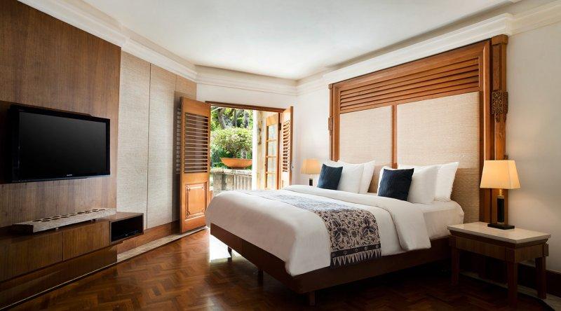 Palace Club Suite - Nusa Dua Beach Hotel & Spa