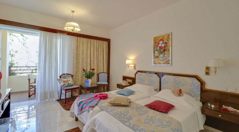 Double Room Side Sea View Creta Royal